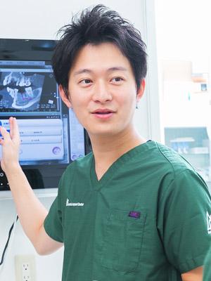 浅賀歯科医院院長浅賀勝寛